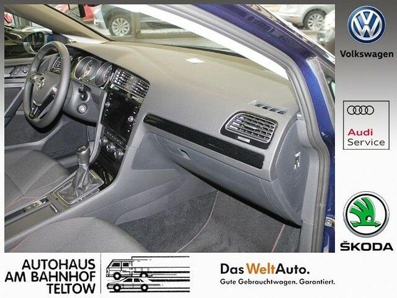 Volkswagen Golf VII 1.5TSI SOUND EU6 *Standheizung *ACC*