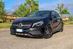 Foto Mercedes-Benz Classe A A 200 d Automatic Premium