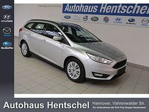 Ford Focus Turnier1.5 TDCi DPF Business Navi Parkhilf