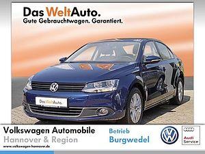 Volkswagen Jetta 1.2 TSI Life ParkPilot