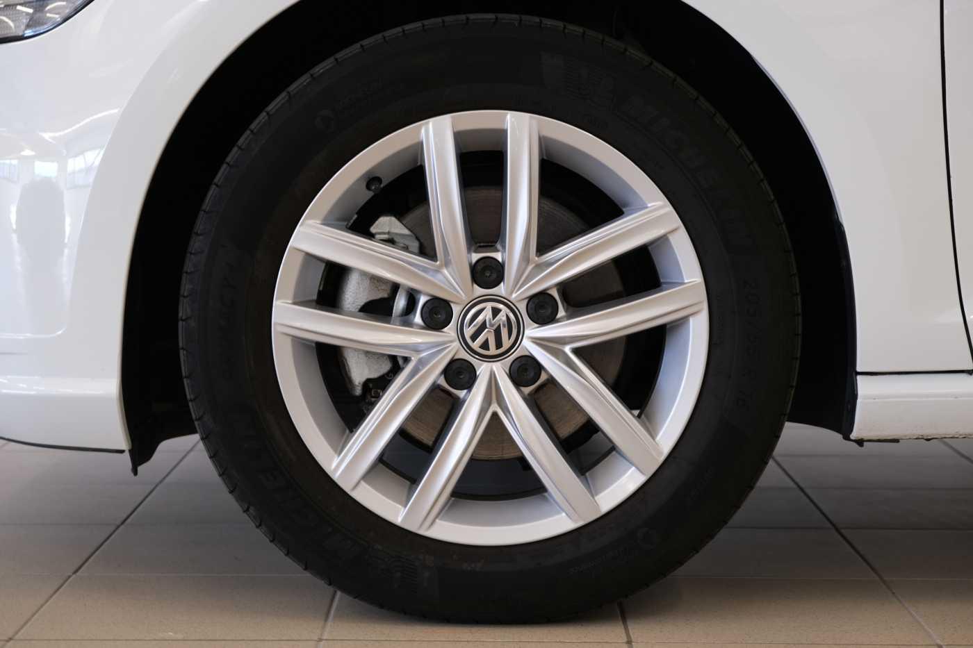 Volkswagen Golf VII 1.6 TDI 115CV DSG 5p. Business BlueMotion Technology