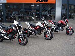 Honda MSX 125 BENELLI TNT 125