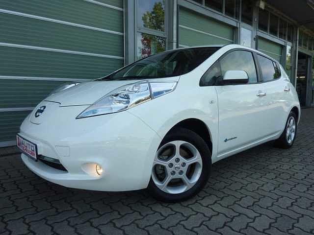 Nissan Leaf 30 kWh (mit Batterie) Acenta Winterpaket