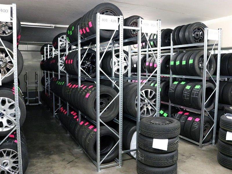 Reifeneinlagerung und Räderservice