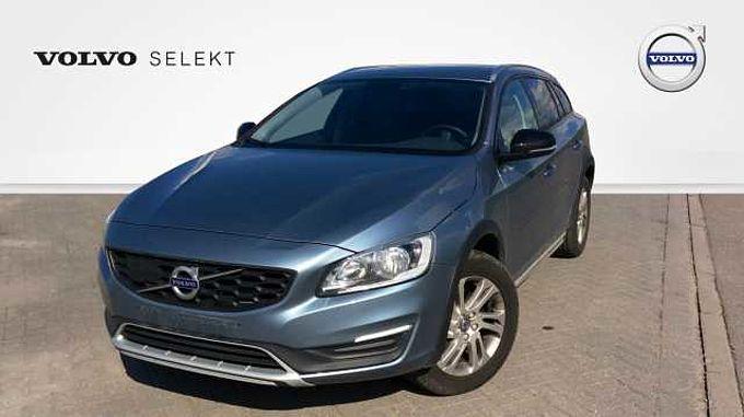 Volvo V60 CC Momentum