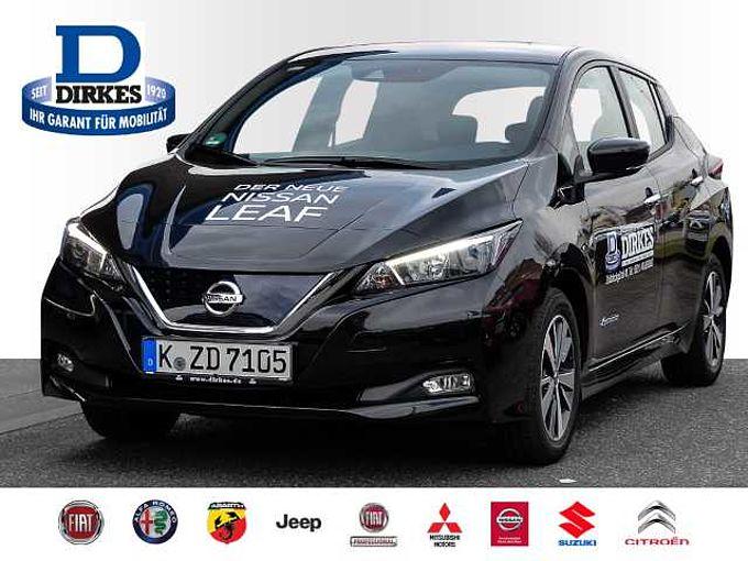 Nissan Leaf Acenta 40 kWh Navi Keyless ACC LED Tagfahrl