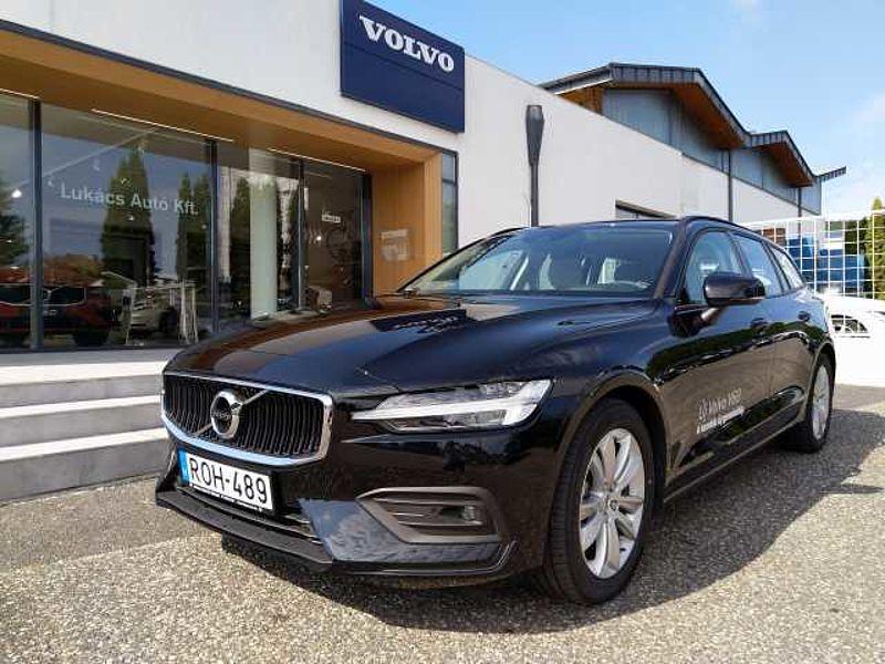 Volvo V60 II D3 AUT MOMENTUM