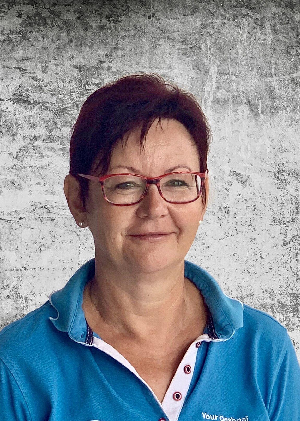 Antonia Pummer - Annahme - Ersatzteillager