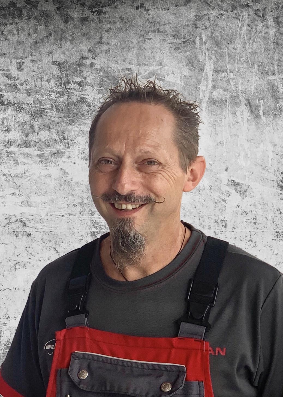 Ronald Boandl - KFZ-Techniker-Geselle - Nissan-Diagnose-Techniker