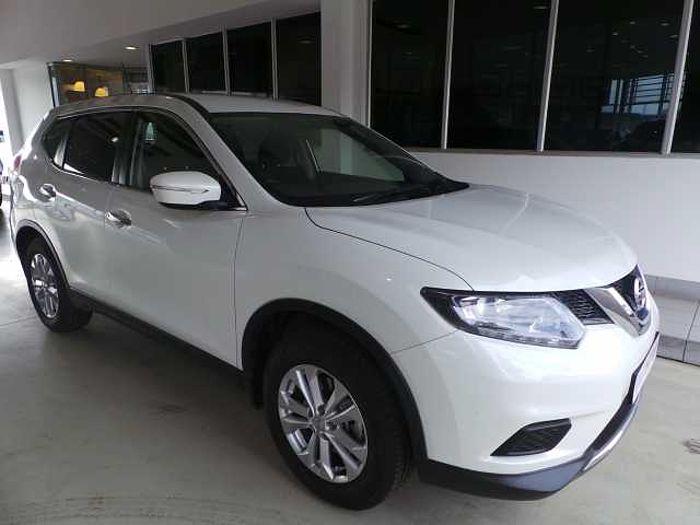 Nissan X-Trail 2.0 XE MY14 White