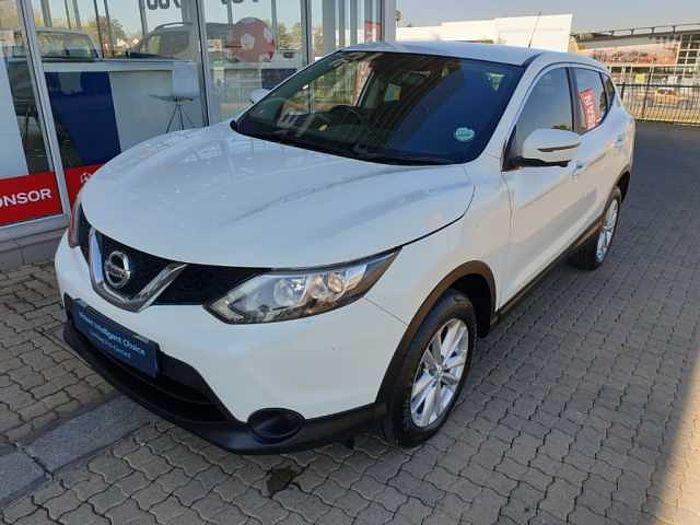 Nissan Qashqai 1.5 dCi Acenta Tech Dsl 5-dr MY15 White
