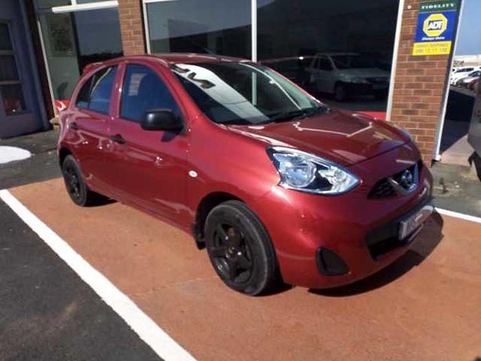 Nissan Micra Active 1.2 Visia + Nav  Red