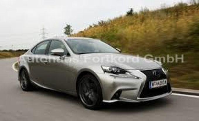 Lexus IS 300h F Sport Autom., LED-SW, Leder+S.hzg, Navi, R.-Cam