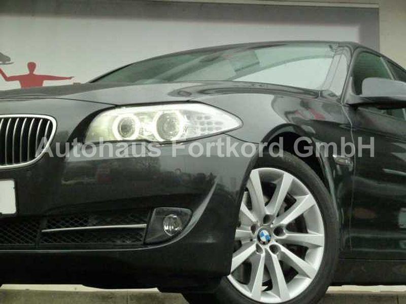 BMW 525d Autom. , Xenon, Navi, PDC v/h+R. -Cam. , Leder+SH, Alu, usw. .